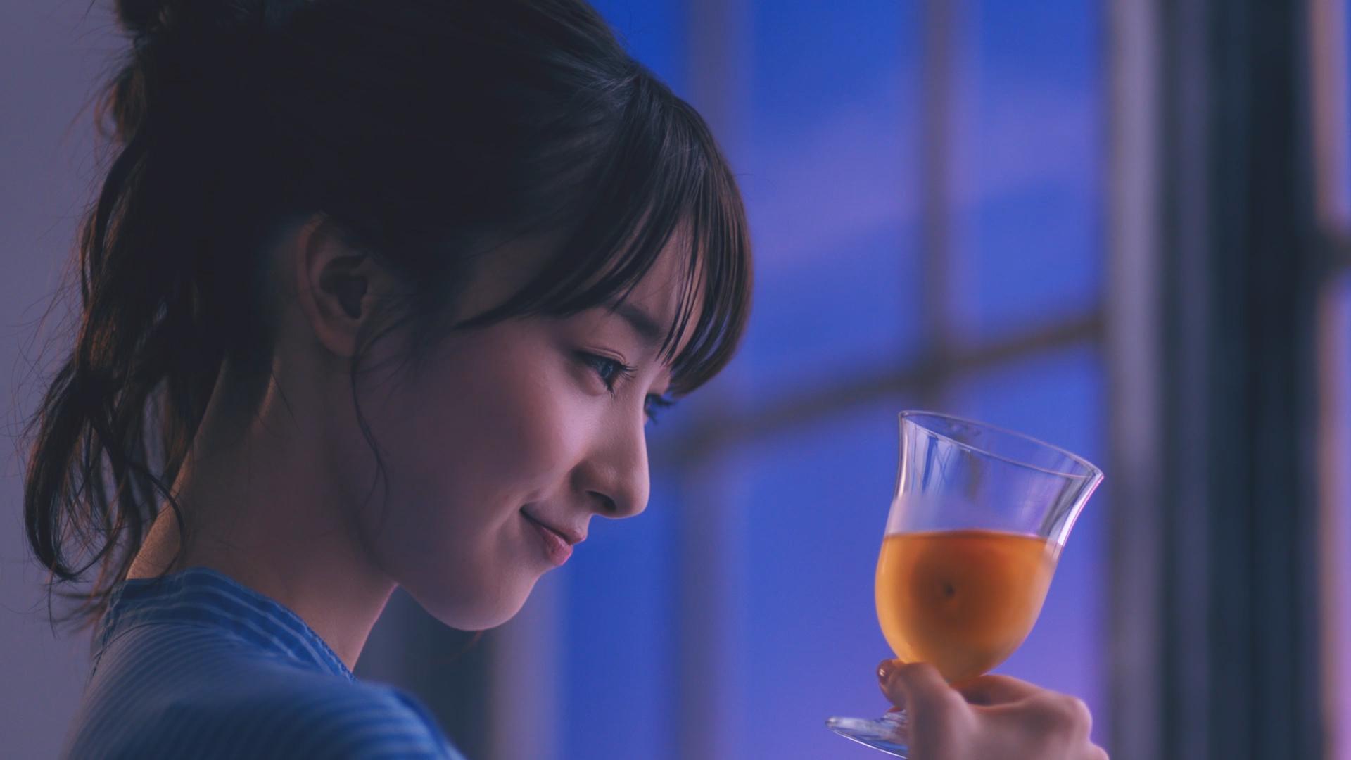 チョーヤ梅酒   The CHOYATVCM「フローズン梅篇」