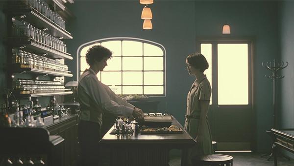 花王|リセッシュ ヒーリングアロマ「ヒーリングアロマ・デビュー」篇